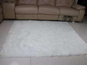 white faux fur carpet